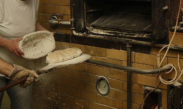 Brotschieber und Gärkor in der Bäckerei
